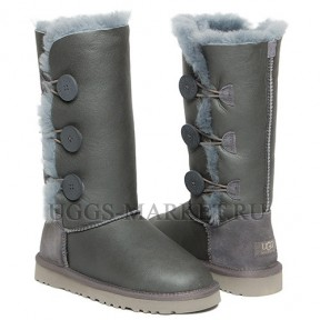UGG Bailey Button Triplet Metallic Grey