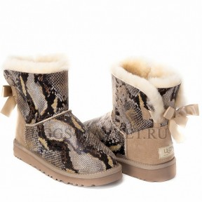 UGG Mini Bailey Bow Snake Sand