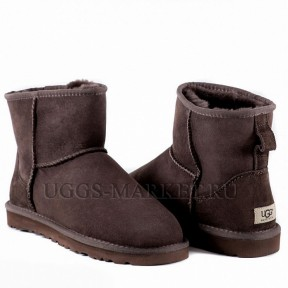 UGG Men's Classic Mini Chocolate