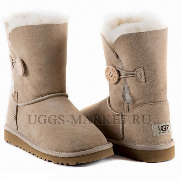 UGG Kids Bailey Button Sand
