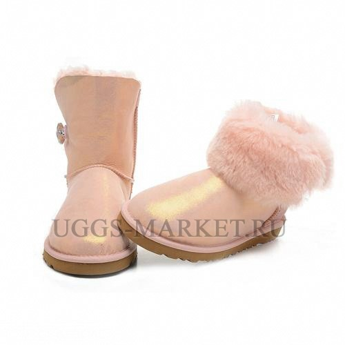 UGG Bailey Button I Do Pink